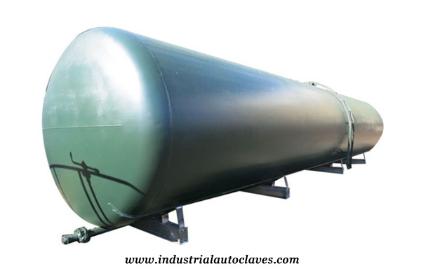 bulk oil storage tanks